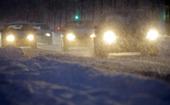 Bilar i snöstorm