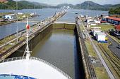 Kryssningsfartyg i Panamakanalen, Centralamerika