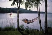 Hängmatta vid sjö