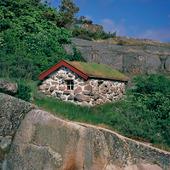 Stenstuga vid Sotenkanalen, Bohuslän