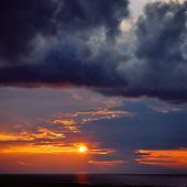 Moln i solnedgång