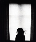 Barn i fönster