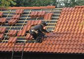 Läggning av takpannor