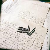 Äldre brev och skrivstift