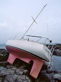 Förlist segelbåt