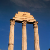 Kolonner på Forum Romanum i Rom, Italien