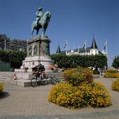 Staty Karl X Gustaf på Stortorget, Malm