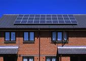 Solcellpanel på hustak