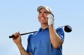 Golfare med mobiltelefon