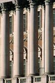 Kolonner på Riksdagshuset, Stockholm