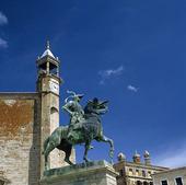 Staty, Spanien