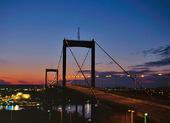 Älvsborgsbron i skymning, Göteborg