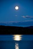 Måne över Varpen i Bollnäs