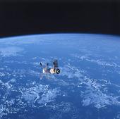 Satellit över jorden