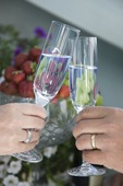 Par med champagneglas