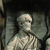 Miljöförstörd staty i Rom, Italien