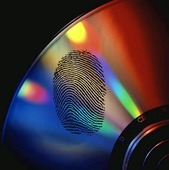 CD-skiva med fingeravtryck