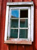 Fönster på fiskebod