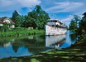 Kanalbåt på Göta Kanal, Östergötland