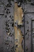 Flagad dörr