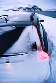 Bil i vinterkyla
