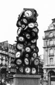 Klockskulptur i Paris, Frankrike