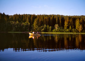 Roddbåt i sjö