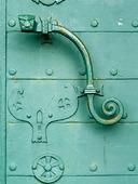 Dörrhandtag på kyrkdörr