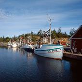 Fiskebåtar i Händelöps hamn, Småland