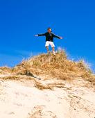 Pojke på sanddyna
