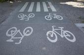 Övergångsställe över  cykelbana