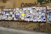 Anslagstavla i Bologna, Italien